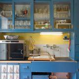 90年以上を経て、いまだモダンな機能美を誇るシステムキッチンの母「フランクフルト・キッチン」。