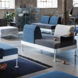 IKEA(イケア)がトム・ディクソンによるデザインのモジュール式ベッド「DELAKTIG」を発表。