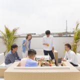 屋上を贅沢な空間にした「casa sky」は、日常を非日常に変える