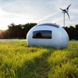風と太陽と雨のめぐみを生かす。卵型オフグリッドポッド「Ecocapsule」