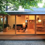 家は人生の一部、毎日の暮らしに彩りと変化をもたせたい!広い開口部を生かした「平屋の家」