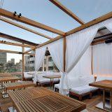東京・青山でスノーピークによるグランピング体験ができる「snow peak glamping open air restaurant」